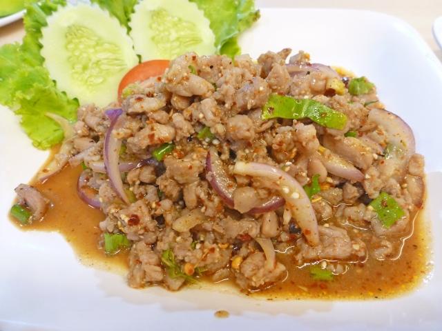 ラープガイとはどんな料理?タイ語の意味から簡単作り方のレシピ